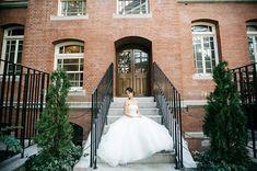 ソイメーム〜自分らしく〜 オリジナルのウェディングドレス作りませんか? ご予算もお気軽にご相談ください。  Photo by @ayako.bridalphotography  撮影は今#人は見た目が100パーセント でロケ地になっている丸の内!  #wedding #weddingdress #オーダーメイドドレス #オートクチュール #フルオーダーウェディングドレス #vintage #vintagechanel #シャネル #chanel #エルメス#hermes #オリジナルウェディング #soimême #ソイメーム#soimeme#ordermade #originaldress #プレ花嫁 #2017秋婚 #2017夏婚 #2017wedding #二次会ドレス #丸の内 #リゾート婚soimeme_tokyo