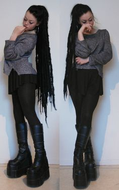 My friend is having a moving in party tonight, luckily only about 50 metres from my doorstep. Will be fun!Oh, and my synthetic dreads are done! I did not even realise how ridiculously long they turned out.Synthetic dreads and choker handmade by meEarrings of uknown originShirt and shorts (yes, shorts) from H&MPlatforms are Demonia Stack-301