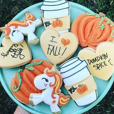 """313 Likes, 6 Comments - Shealynn (@sheybdesigns) on Instagram: """"Loving these cookies @dosshausdesigns! Loving our Glitter the Unicorn all decked out for fall!! """""""