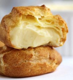 Mousseline Cream Puffs -- 13 Scrumptious Cream Puff Fillings You Can Prepare In No Time : homemaderecipes Cream Puff Filling, Cream Puff Recipe, Cream Recipes, Custard Filling, Custard Cream Puffs Recipe, Italian Custard Recipe, Bavarian Cream Filling, Cream Puff Dessert, Pastry Recipes