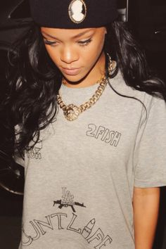 Rihanna Pretty Girl Swag