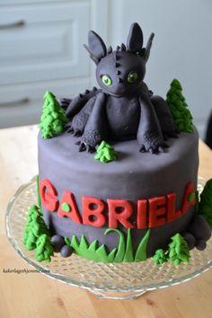 Dragon Birthday Cakes, 8th Birthday Cake, Dragon Birthday Parties, Dragon Cakes, Dragon Party, Toothless Party, Toothless Cake, Birhday Cake, Dinosaur Cake