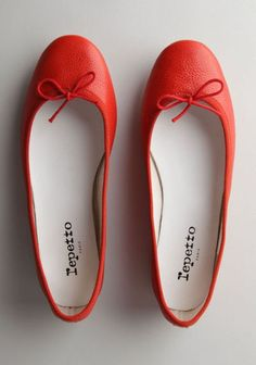 Everyday ballet flats in #red