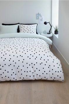 dekbed met wit met zwarte polkadots en achterzijde mint (ambiante maral dekbedovertrek)