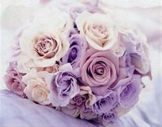 Qué os parece este #ramo en lilas y cremas? / What do you think of this lilac and cream #bouquet ?
