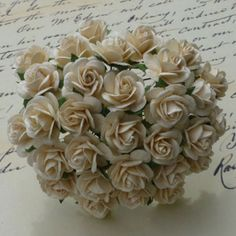 50-x-1cm-10mm-OPEN-ROSES-MULBERRY-PAPER-FLOWERS-Weddings-Cardmaking-amp-Crafts