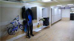 This garage uses TekTrak to hold wall cabinets and bikes.  Fantastic for all your storage needs.  To see more look at our case study: http://www.garagetek.co.uk/case-studies/see-how-tektrak-can-be-used