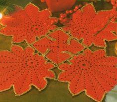 Le foglie rosso oro  costituiscono la particolarità di questo centro . Anche una sola foglia è molto decorativa e può essere utilizzata c...