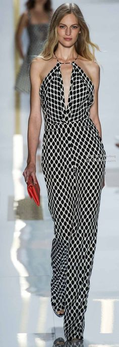 Style and fabric, not necessarily the print. -Diane von Furstenberg Spring 2014 New York Fashion Week New York Fashion, Fashion Mode, Runway Fashion, Womens Fashion, Fashion Blogs, White Fashion, I Love Fashion, Passion For Fashion, Fashion Show