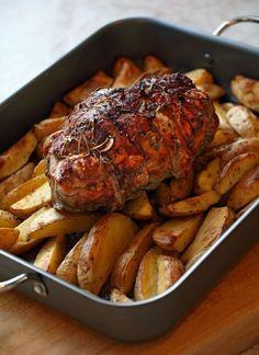 Πάσχα στο σπίτι: 4 ξεχωριστά γιορτινά γλυκά | Έθνος Guinness, Barbecue Grill, Roasted Vegetables, Tandoori Chicken, Starters, Chicken Wings, Pork, Yummy Food, Meals