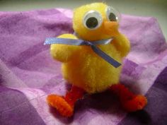 Make a duck with pompoms
