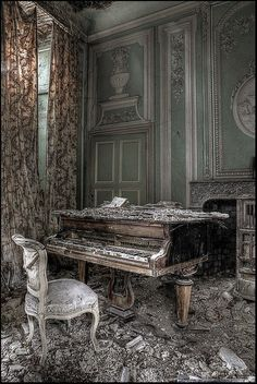 Elegant but dilapidated. Could be used during either interactions with the Beast… Elegant but dilapidated. Could be used during either interactions with the Beast (beautiful) or during Belle's dreams (abandoned) Related abandoned mansions. Abandoned Buildings, Abandoned Castles, Old Buildings, Abandoned Places, Beautiful Ruins, Beautiful Buildings, Beautiful Places, Old Mansions, Abandoned Mansions