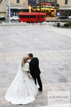 simonyao.com #winterweddings Columbus Ohio Wedding Photographer