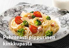 Pehmeästi pippurinen kinkkupasta, Resepti: Valio #kauppahalli24 #resepti #pasta #kinkku #pippuri Macaroni And Cheese, Pasta, Ethnic Recipes, Food, Mac And Cheese, Essen, Meals, Yemek, Eten