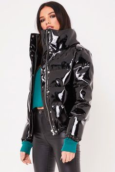 Raise your coat game with the Misspap edit of women's cropped puffer jackets including shiny puffer coat styles. Nylons, Casual Outfits, Fashion Outfits, Womens Fashion, Parka, Vinyl Clothing, Fetish Fashion, Puffy Jacket, Stockings Lingerie