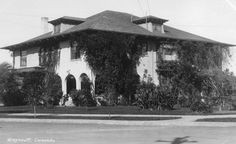 "Greycourt Inn was built in 1906 as a boarding house in the Coronado Island section of San Diego.  It's design has been attributed to Hebbard & Gill.  Today it is restored as a bed & breakfast inn named ""1906 Lodge."""