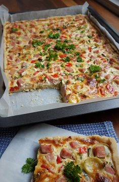 Food N, Food And Drink, Savory Pastry, Quiche Lorraine, 200 Calories, Vegetable Pizza, Healthy Lifestyle, Brunch, Baking