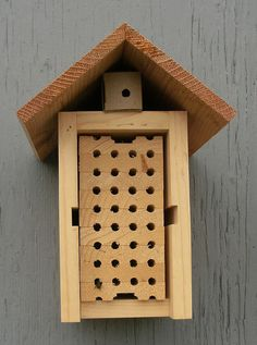 New Beehive Designs & Proposals - Open Source Beehives Project Forum on signs designs, beehive plans and designs, box house designs, luxury pool house designs, food designs, cat house designs, bird designs,