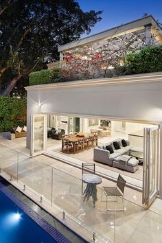 Luxury house design that you should improve in your ordinary house www. - Decoration 2019 - Luxury house design that you should improve in your ordinary house www. Patio Design, Exterior Design, Home Interior Design, Future House, Modern House Design, Design Your House, Modern Houses, Interior Architecture, Luxury Homes