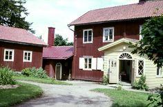 Mommolan kartanon pihapiiriä. Kuva: MV/RHO 4296 Elias Härö 1968