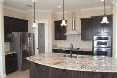 Durbin Crossing - Dreamfinders Homes---- I like the layout. Kitchen Decor, Kitchen Ideas, Home Reno, Backsplash, Home Kitchens, Countertops, My House, Sweet Home, New Homes