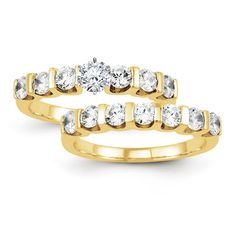 Certified 0.70 Ct. Round Cut Diamond Bridal Engagement Ring Set in 14K Yellow Gold
