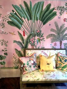 Victorian Glasshouse Trend SS18 | Chinoiserie Textile Design | Oriental Wallpaper Design | SS18 Home Decor Trends | Millennium Pink | Chinoiserie wallpaper | Hand painted Wallpaper Design | SS18 Home Decor Inspiration | Pink de Gournay | Chinoiserie Chic |