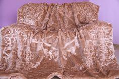 Hnedá deka s motívom kvetov