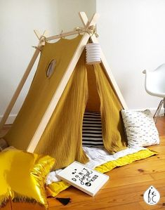 Diy Tipi, Diy Teepee Tent, Kids Tents, Teepee Kids, Teepees, Rooms Home Decor, Diy Home Decor, Small Space Interior Design, Kids Decor