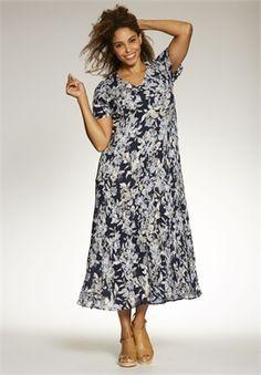 Plus Size Petite short sleeve crinkle dress