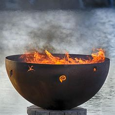 """Walk on the Beach 37"""" Hand Crafted Steel Fire Pit / 1 195$"""