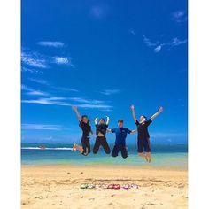 【tingara_kumi】さんのInstagramをピンしています。 《jump!!! 最近、こんな青空ないよね(´ε` ) #okinawa#おきなわ#tingara#ティンガーラ #リザンシーパークホテル谷茶ベイ#海#空 #jump#島ぞうり#エイサー#太鼓#三線#島唄》