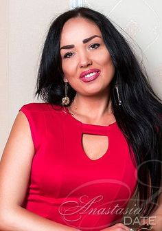 Welcome to our photo gallery! Take a look at Yanina, Russian woman looking for man
