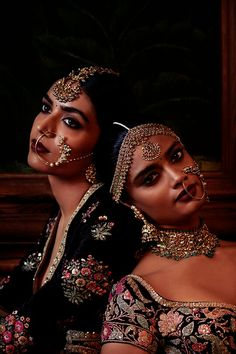 Exquisite Naths handcrafted by Kishandas & Co. for Sabyasachi's celebrated Firdaus collection from his Indian Couture 2016 Indian Dresses, Indian Outfits, Indian Clothes, Moda Indiana, Indian Aesthetic, Indian Bridal Wear, Desi Wedding, Wedding Lenghas, Vogue Wedding