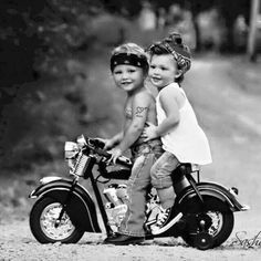 Outstanding Harley davidson bikes photos are offered on our website. Harley Davidson Tattoos, Harley Davidson Iron 883, Harley Davidson Street Glide, Harley Davidson Bikes, Cute Kids, Cute Babies, Motard Sexy, Best Classic Cars, Biker Girl