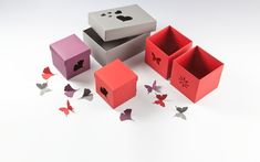 DEROBERHAMMER - Gift boxes Gift Boxes, Gifts, Wrapping Gifts, Packaging, Presents, Wine Gift Sets, Favors, Gift Packaging, Gift
