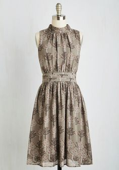 Windy City Dress in Autumnal Grove