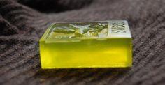 "Hand-made soap ""Tea rose"". Composition: soap base (Germany), buckthorn oil, fragrance ""Tea rose"". 71 g."