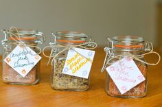Pinterest Handmade Gifts For Coworkers | DIY Holiday Gift: Homemade Seasonings | Luci's Morsels