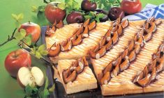 Ciasto drożdżowe ze słodką nutą śliwek i kwaśnym smakiem jabłek Pasta Salad, Ethnic Recipes, Food, Crab Pasta Salad, Essen, Meals, Yemek, Eten