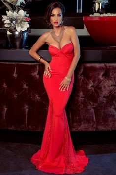 Atmosphere Fashion Fashion Face, Womens Fashion, Evening Dresses, Formal Dresses, Bellisima, Her Style, Lady In Red, Fancy, Gowns