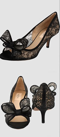 Valentino ● Bow lace pumps