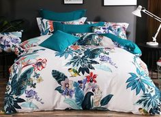 Designer Birds and Flowers Painting Ethnic Style Cotton Bedding Sets Cotton Bedding Sets, Comforter Sets, Bedroom Bed, Bedroom Decor, College Bedding Sets, Duvet Covers Urban Outfitters, Boho Duvet Cover, Country Bedding, Beautiful Bedrooms