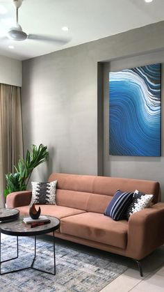 Bedroom Bed Design, Bedroom Furniture Design, Modern Bedroom Design, Home Room Design, Home Decor Furniture, Ceiling Design Living Room, Living Room Designs, Interior Wall Colors, Minimal House Design