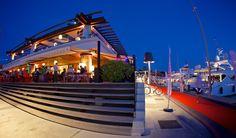 ¿Quieres ganar una cena en uno de nuestros restaurantes del puerto? ¡Haz una foto de Port Adriano y participa! ¿Cómo? Comparte esa foto en Twitter o Instagram con el hashtag #PortAdriano14 o bien en la app de nuestro Facebook. ¡Todos los viernes sortearemos una cena entre los participantes de la semana! ¡Suerte!