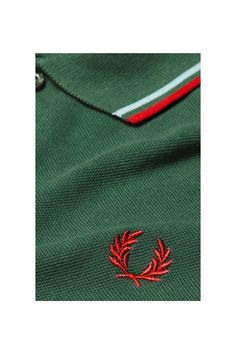 Fred Perry - M12 Tartan Green / Ice / Red