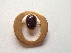 Vintage Amber Rhinestone Cabochon BROOCH PIN Brushed Gold Tone Circle Costume #Brooch
