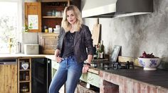 Actress Evy Kasseth Røsten in her drop dead gorgreous kitchen in Oslo - featured in KK Living and on kkliving. Oslo, Ruffle Blouse, Drop, Homes, Actresses, Kitchen, People, Fashion, Female Actresses