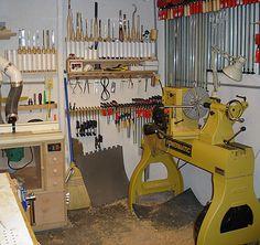 Lathe tool storage rack and shelf Lathe Projects, Wood Turning Projects, Woodworking Projects Diy, Woodworking Shop, Woodturning Tools, Lathe Tools, Wood Lathe, Workshop Layout, Workshop Design