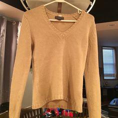 Banana republic tan sweater Runs short on waist , small stain on arm not noticeable Banana Republic Sweaters